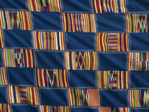 Detail, Man's Prestige Cloth, early 20th century, Akan peoples, Asante group, silk and cotton, 289.6 x 172.7 cm (The Metropolitan Museum of Art)