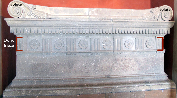 "Sarcophagus of Scipio Barbatus, early 3rd century B.C.E. (Vatican Museums) (photo: <a href=""https://commons.wikimedia.org/wiki/File:Sarcofago_di_scipione_barbato,_280_ac._11.JPG"" target=""_blank"">Sailko</a>, CC BY 3.0)"