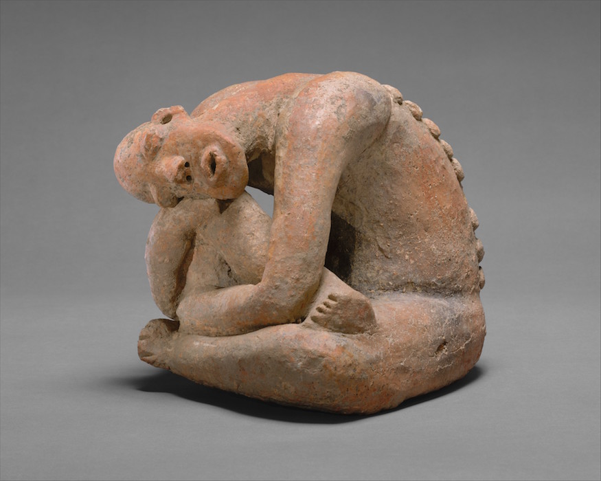 Seated Figure, terracotta, 13th century, Mali, Inland Niger Delta region, Djenné peoples, 25/4 x 29.9 cm (The Metropolitan Museum of Art)
