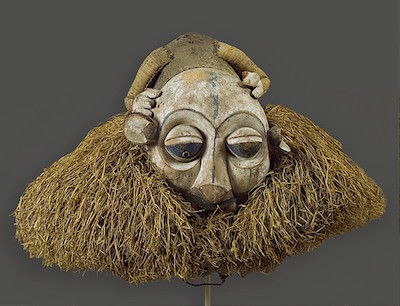 Headdress, 19th–20th century, Democratic Republic of the Congo, Yaka peoples, wood, cane, raffia, pigment, 45.1 x 61 x 54.6 cm (The Metropolitan Museum of Art)