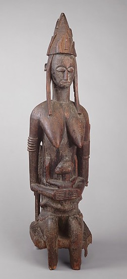 Mother and Child, 15th–20th century, Mali, Bougouni or Dioila region, Bamana peoples, wood, 123.5 x 36.6 x 36.5 cm (The Metropolitan Museum of Art)