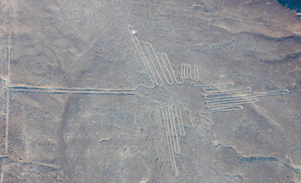 Hummigbird, Nasca Geoglypph, over 300 feet in length, formed approximately 2000 years ago (photo: Diego Delso, CC BY-SA 4.0)