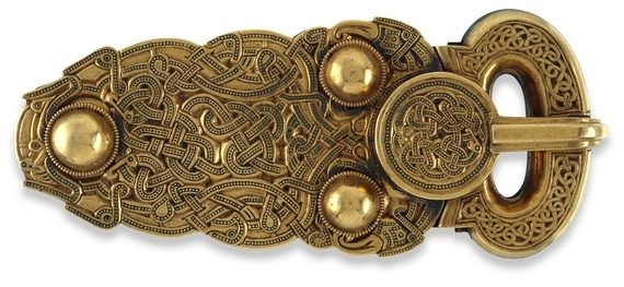 Belt Buckle, Sutton Hoo, early 7th century, gold, 13.2 x 5.6 cm © Trustees of the British Museum