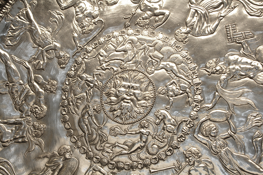The Mildenhall Great Dish, 4th century C.E., silver, 60.5 cm diameter (The British Museum)
