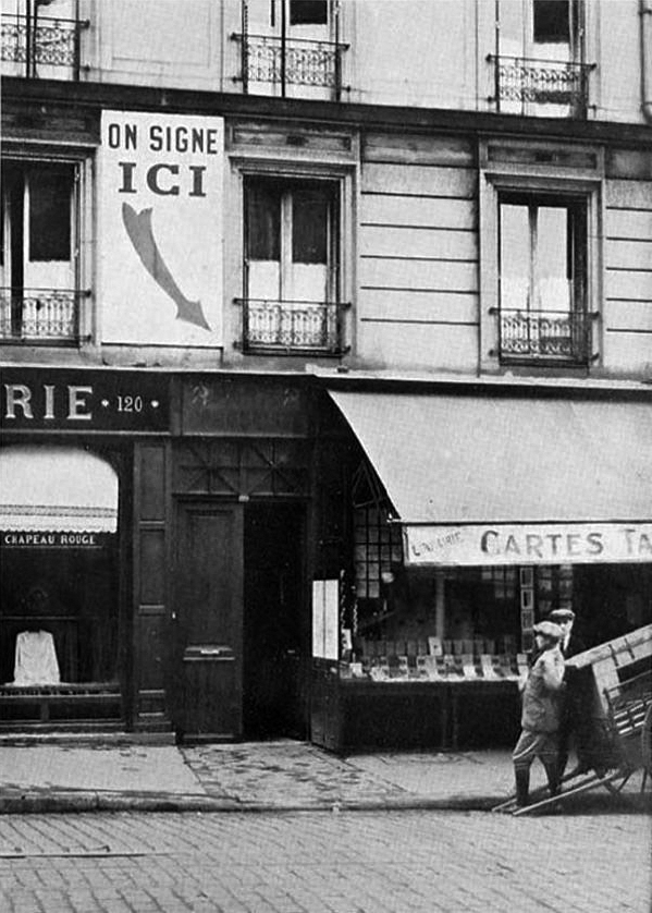 J.-A. Boiffard, photograph of the Humanité bookstore used as an illustration in André Breton, Nadja