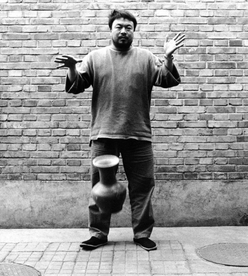 Ai Weiwei, Dropping a Han Dynasty Urn, 1995 (photo: © Ai Weiwei)