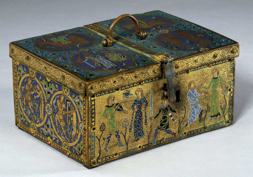 Casket with troubadours, 1180, copper, enamel, gold, made in Limoges, France, 21.7 x 11.6 x 16.5 cm (© The Trustees of the British Museum)
