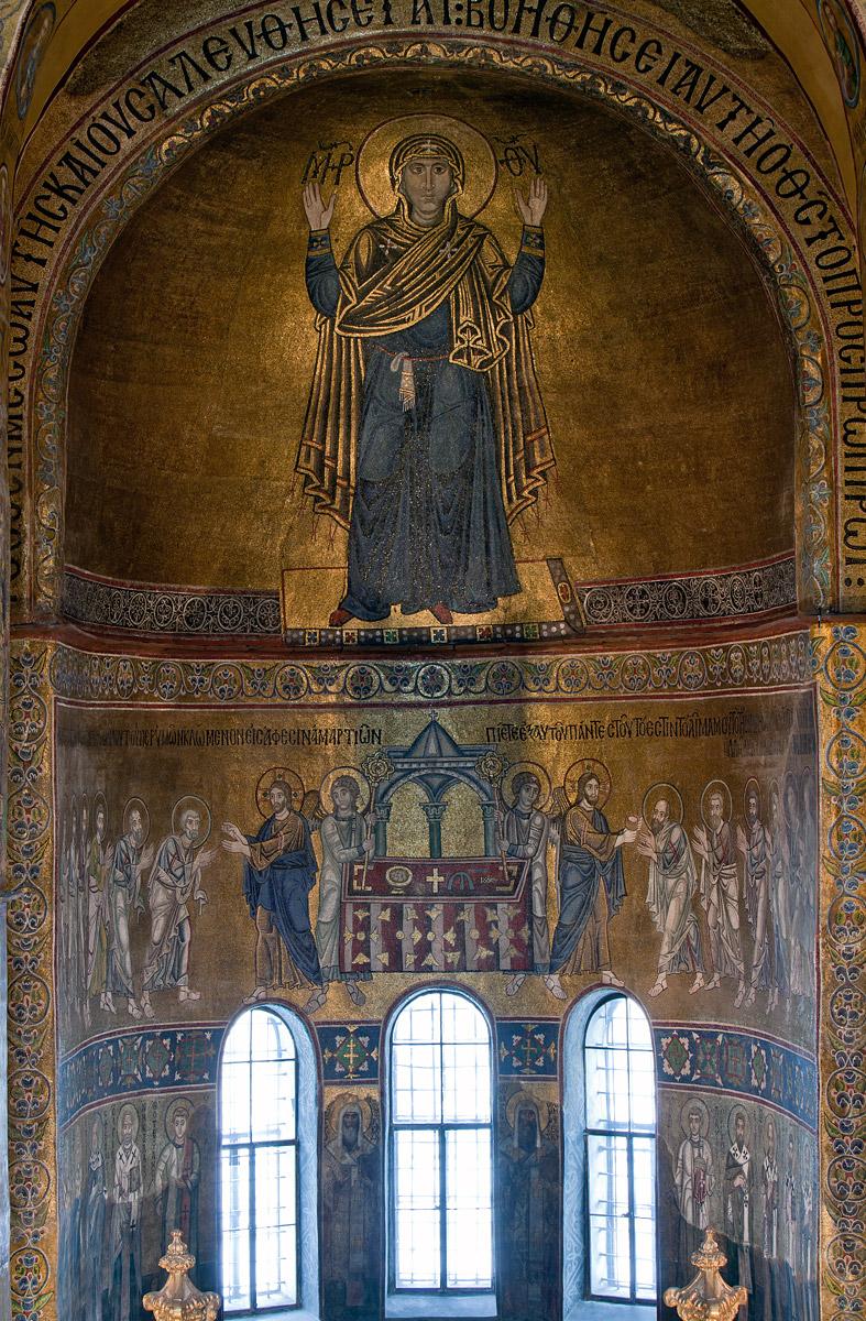 "Apse mosaics, St. Sophia, Kiev, begun 1037 (photo © <a href=""http://st-sophia.com.ua/fotoekspeditsii/mozaiki-sofii-kievskoj.html"">Archimandrite Seraphim</a>)"